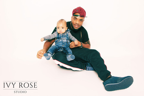 Family-photoshoot--Manchester.-Ivy-Rose-