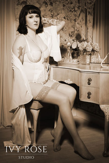 Vintage-boudoir-photoshoot--Manchester.-