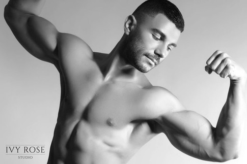 Body-building-photoshoot--Ivy-Rose-Studi