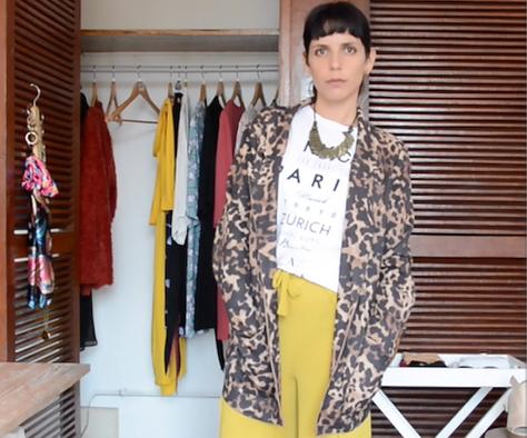 6 outfits con prendas envolventes