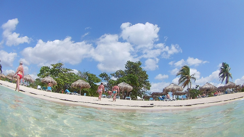 playa ancon cuba