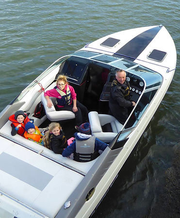 Powerboating for all the family