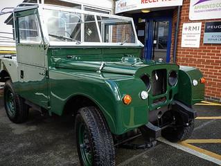 Land Rover Defender Series 1