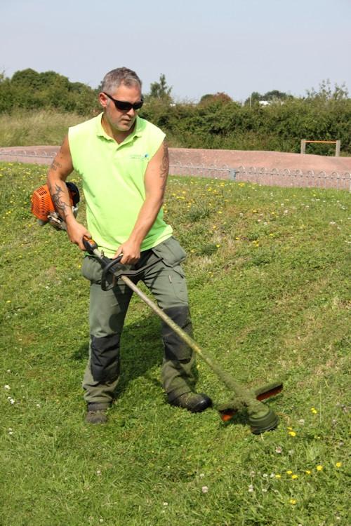 Wayne grounds maintenance at Watlington
