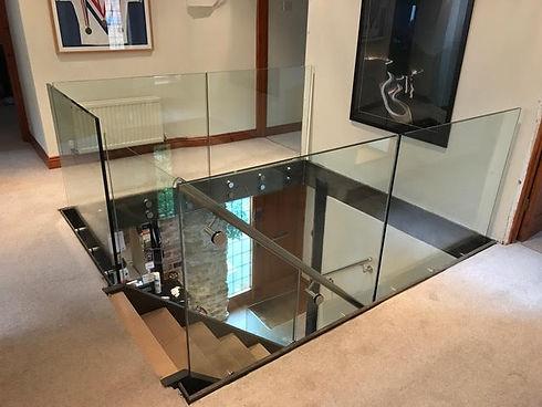 Oxfordshire frameless glass balustrade.j
