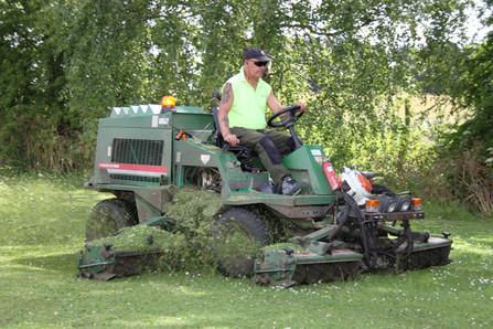 Grounds Maintenance in Berinsfield.jpg