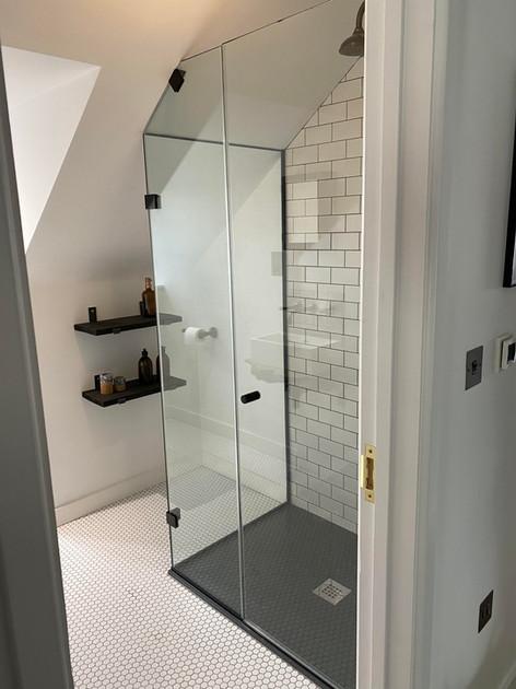 Shower Screen Oxford.jpg