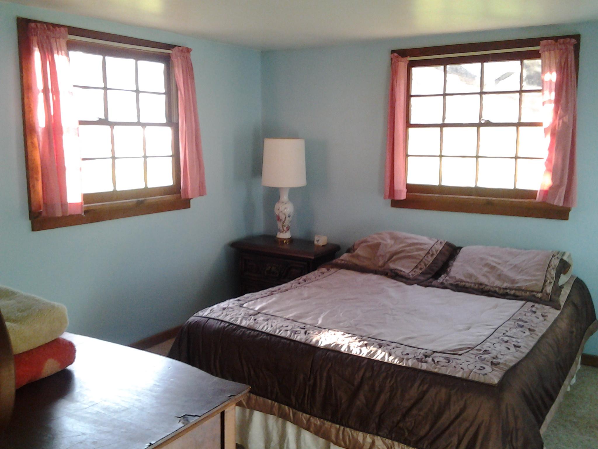 Queen Bedroom in Catskills Cabin