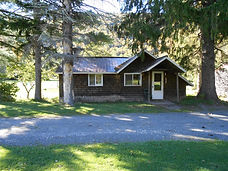 Catskills Log Cabins with Fireplace. Two Bedroom Lodging for 4-6