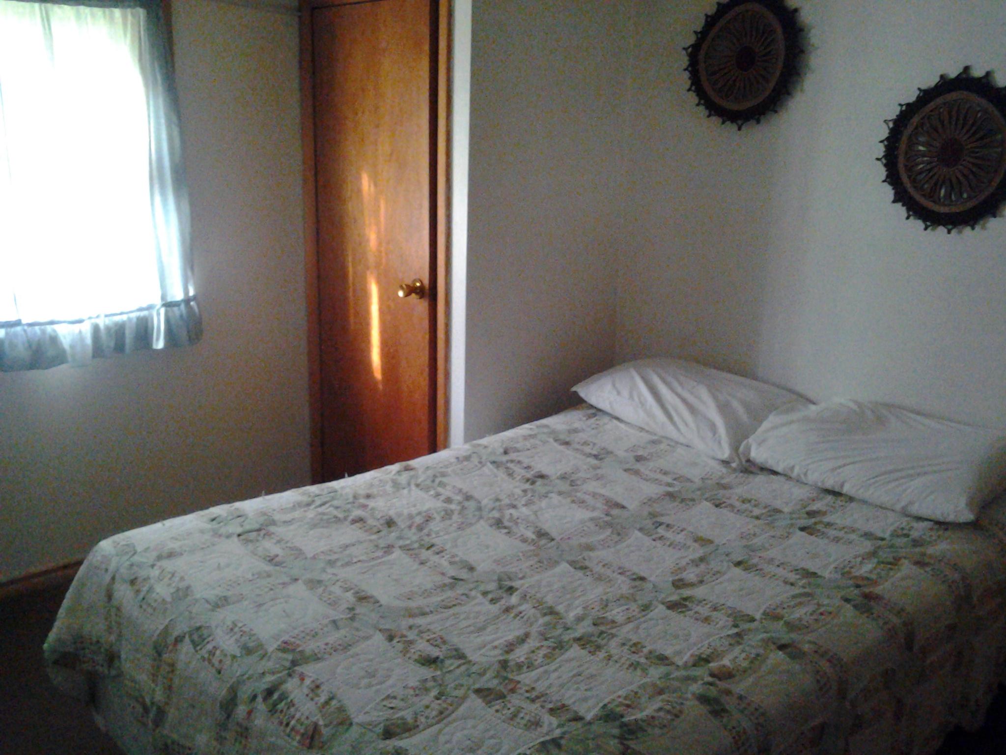 Rustic Cabin 1 Full Bedroom