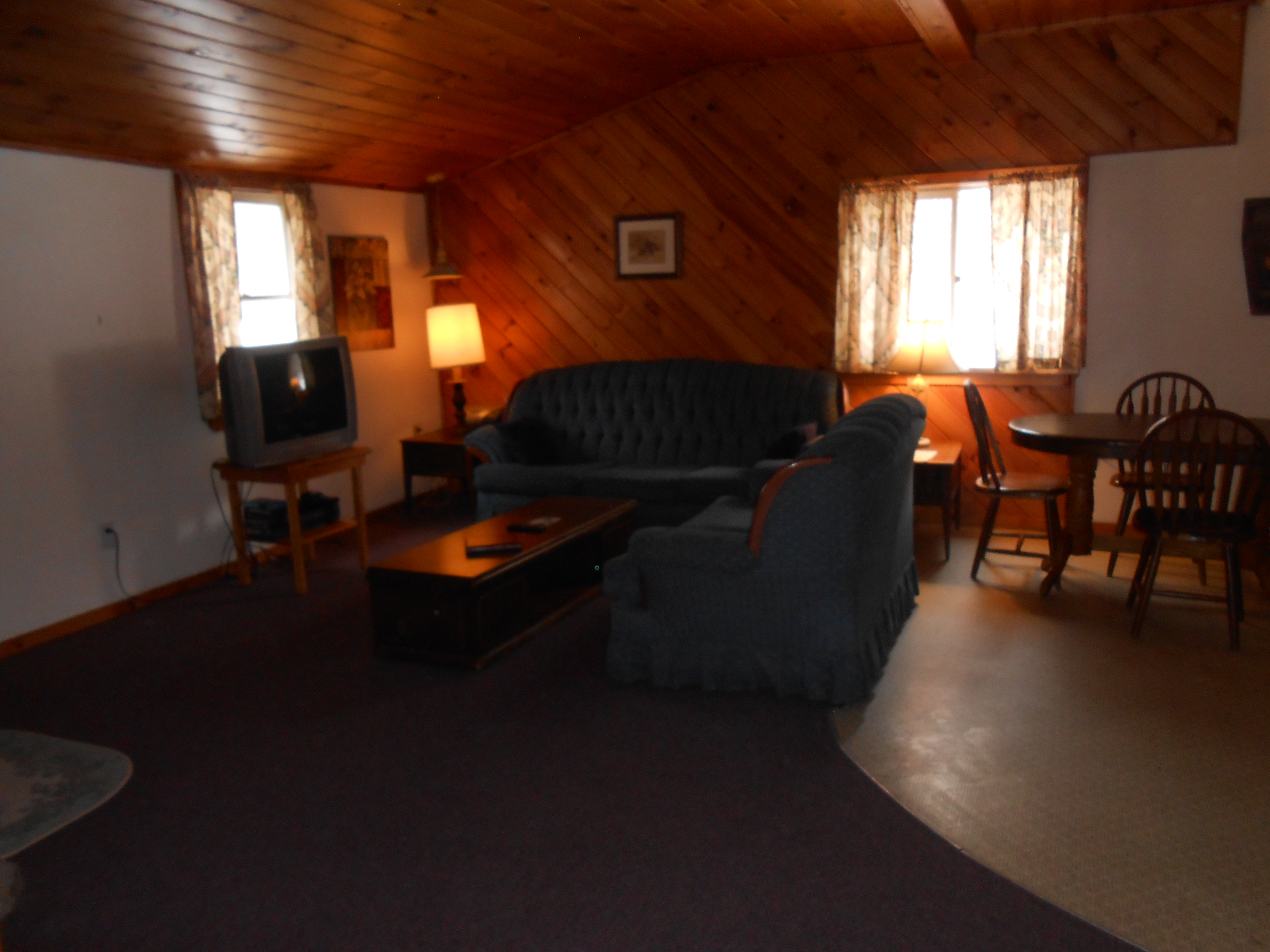 Catskills Cabin Rental Living Room