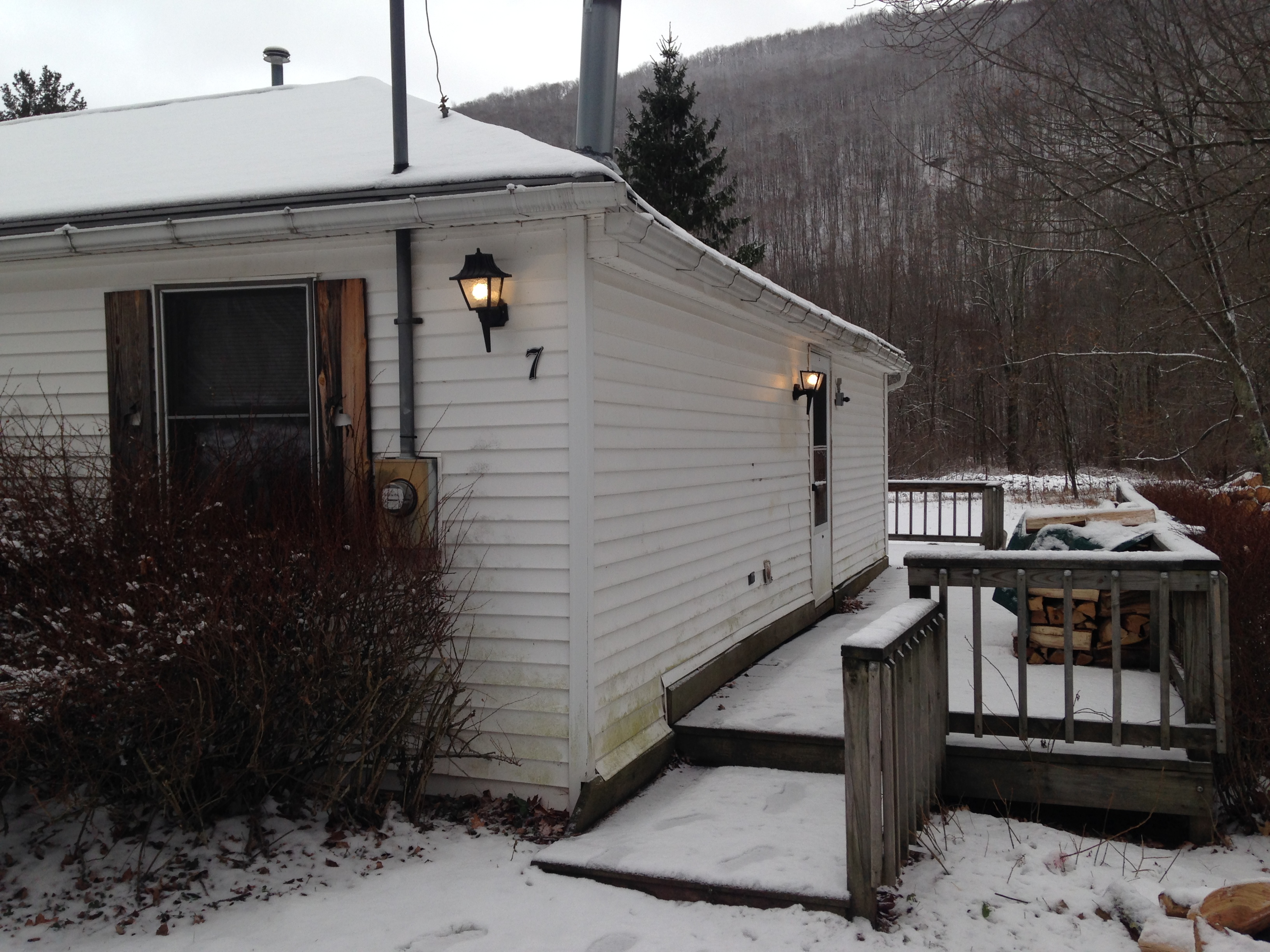 Side Deck with BBQ winter ski rental