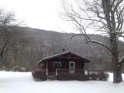 Ski vacation log cabin rental
