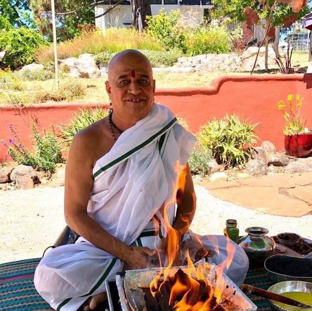 Sri Vivek Godbole: Puja