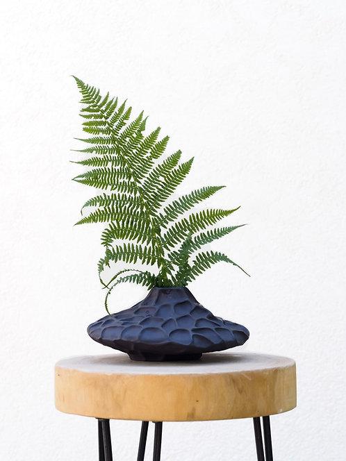 LOTUS | Contemporary low vase