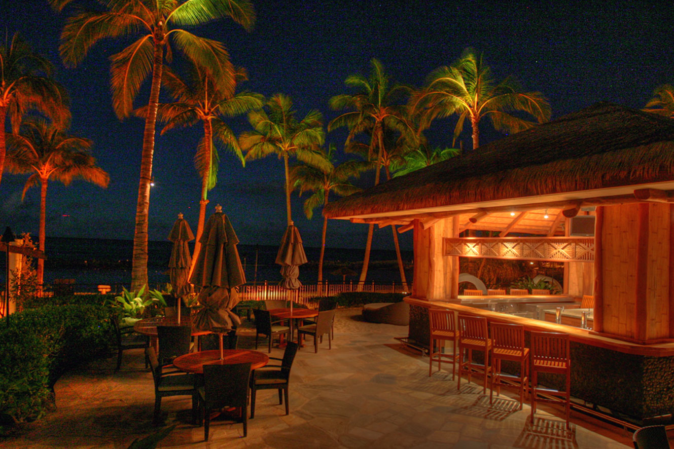 Beach Villas Beach Bar Night View