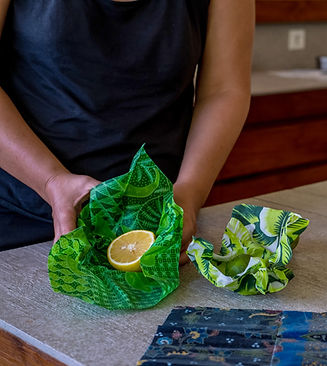 Beeswax paper used for keeping citrus fresh can replace plastic wrap.