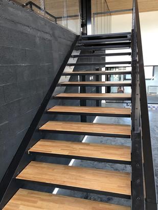 escalier-construction-métallique
