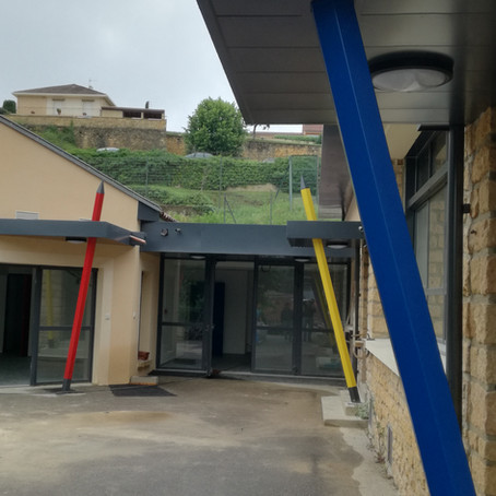 Les Crayons de l'école du Pignol a Sarlat  la Caneda