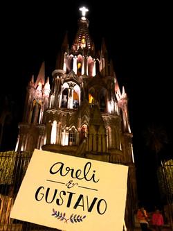 Logo de Areli y Gustavo
