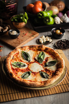 Pizza Margherita.jpg