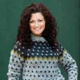 FH2033 Sweater med korsmønster.jpeg