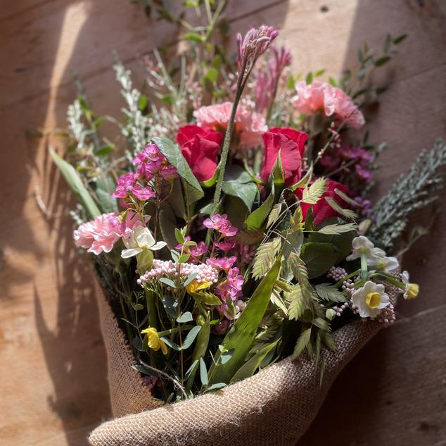 Honeysuckle bouquet | January/February