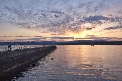 Sunset over the Ogden point breakwater,