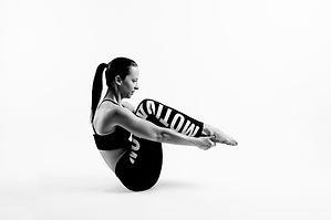online_pilates_slings_flow_daniela_brügg