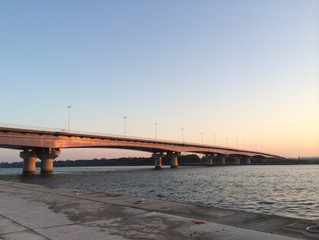 湘南大橋は今朝も凛々しい!