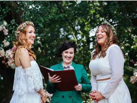 Why choose a humanist celebrant?