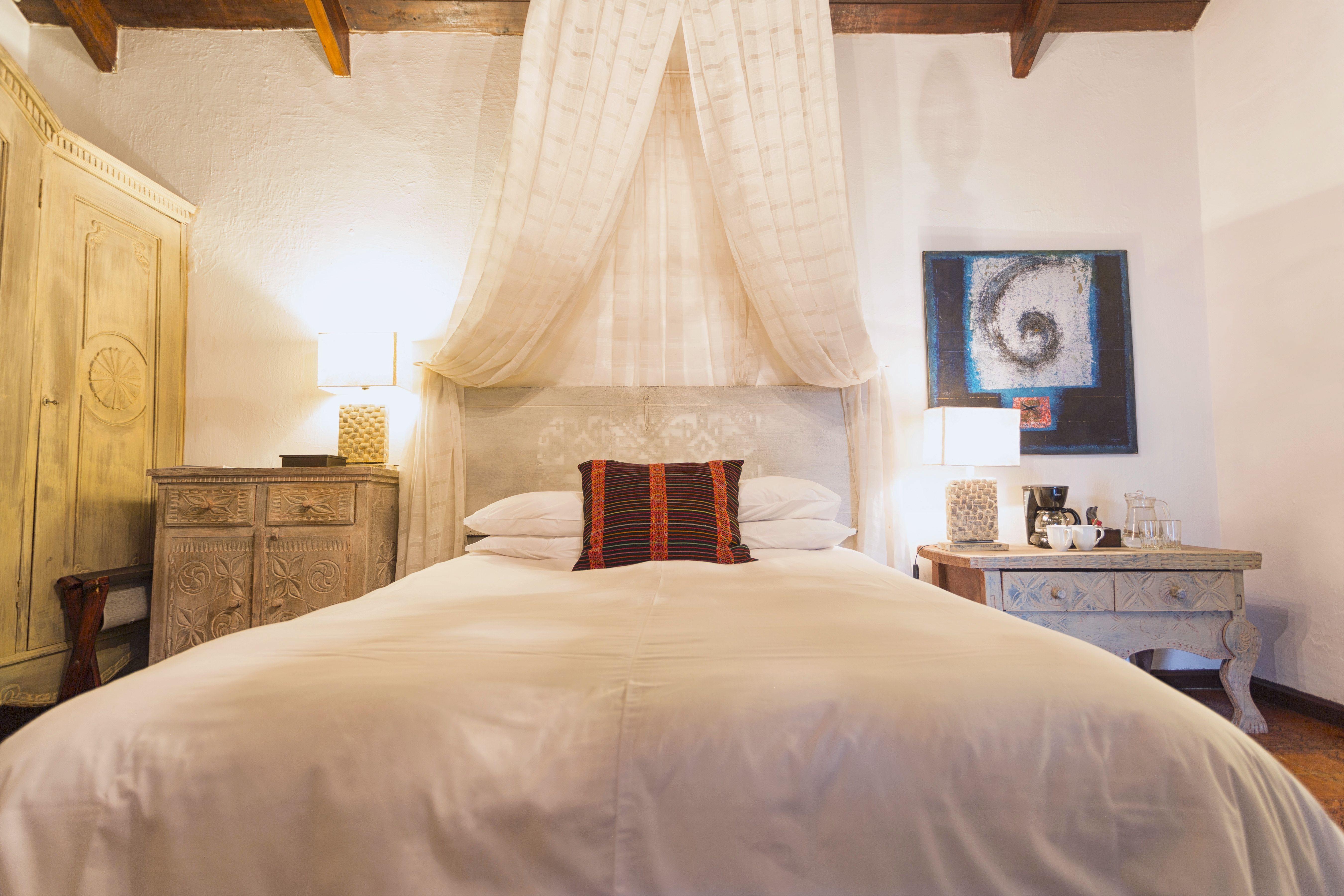 Room #3C Palo-Santo
