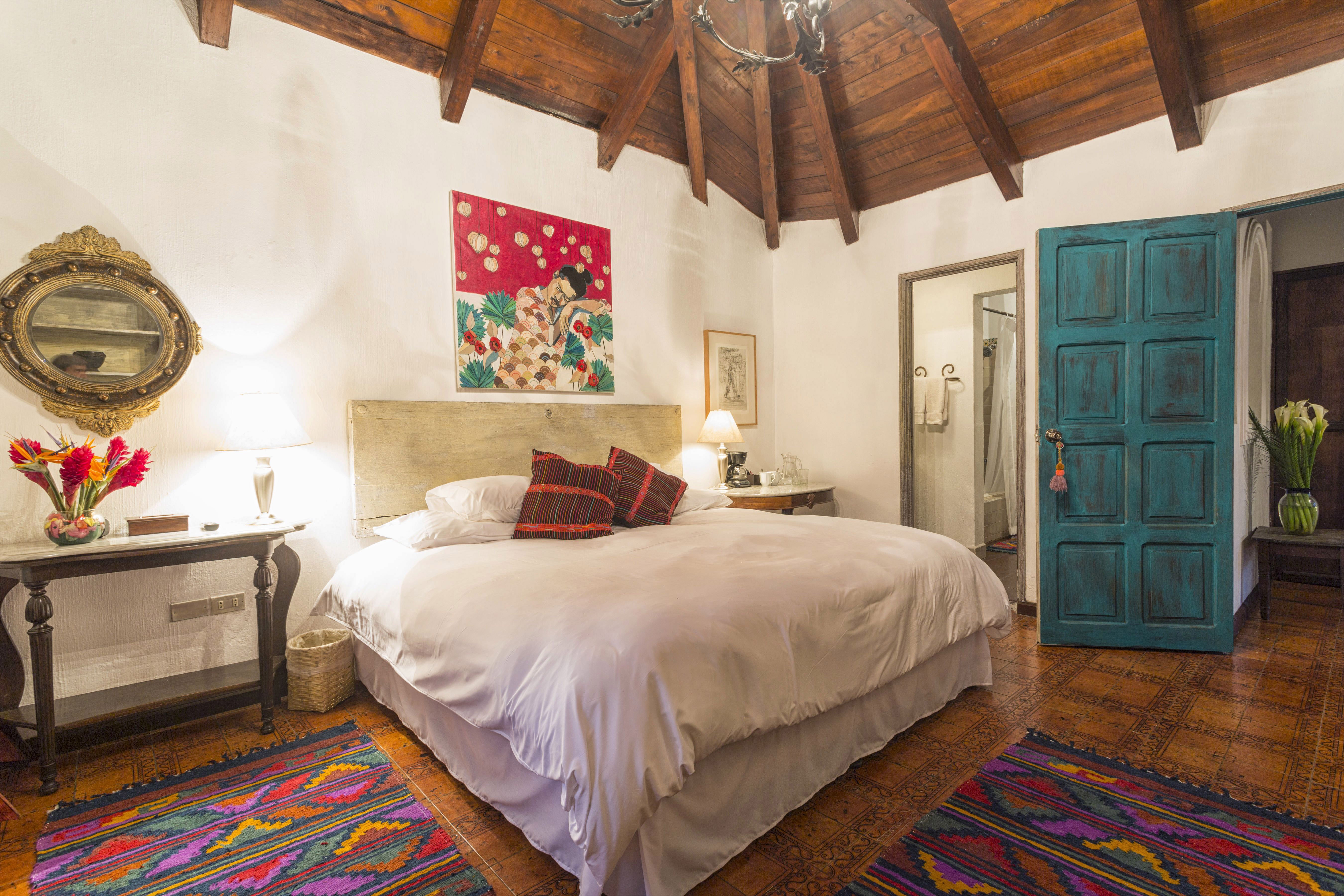Room #2D Palo-Santo