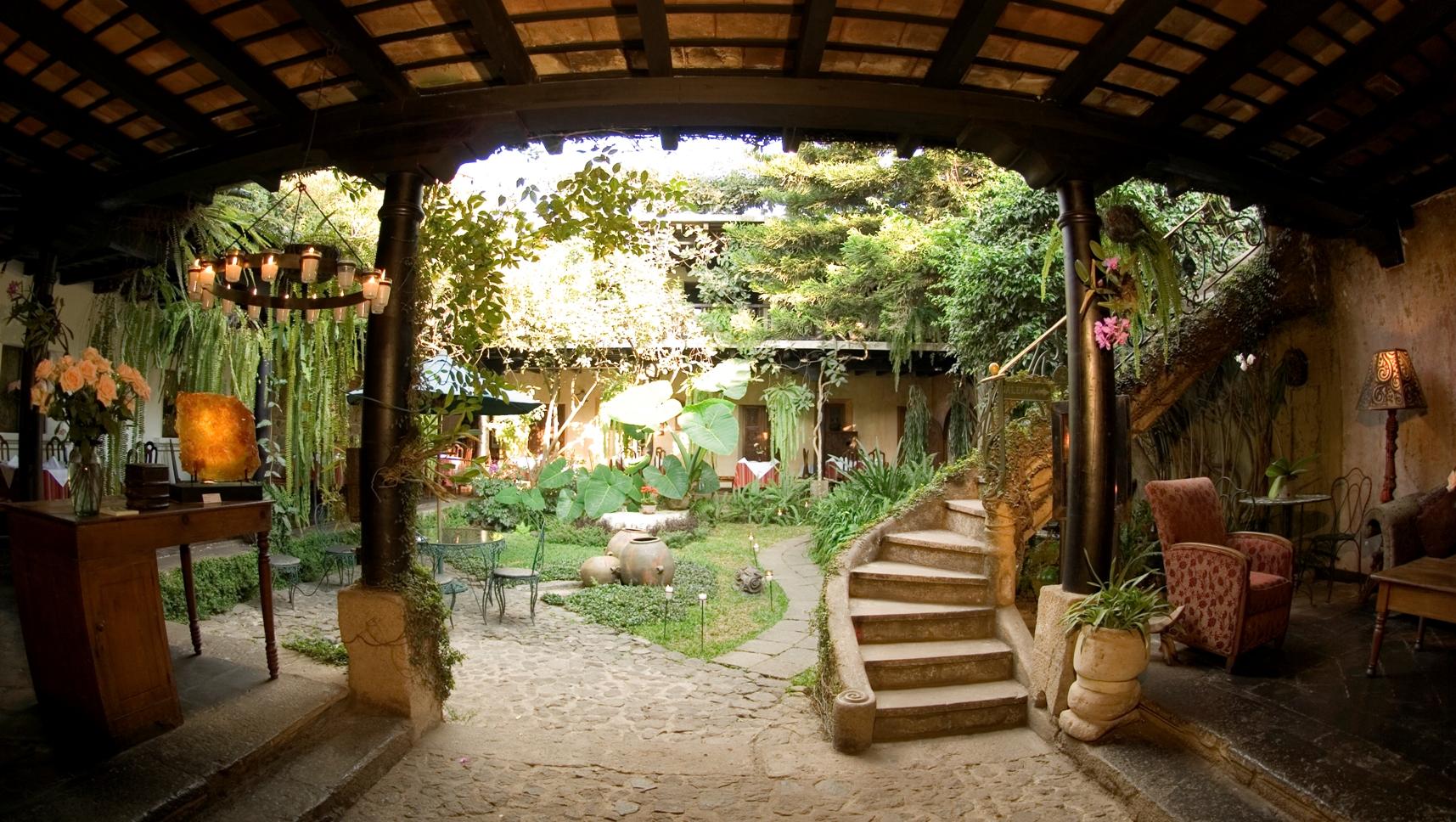 Meson Panza Verde Entrance