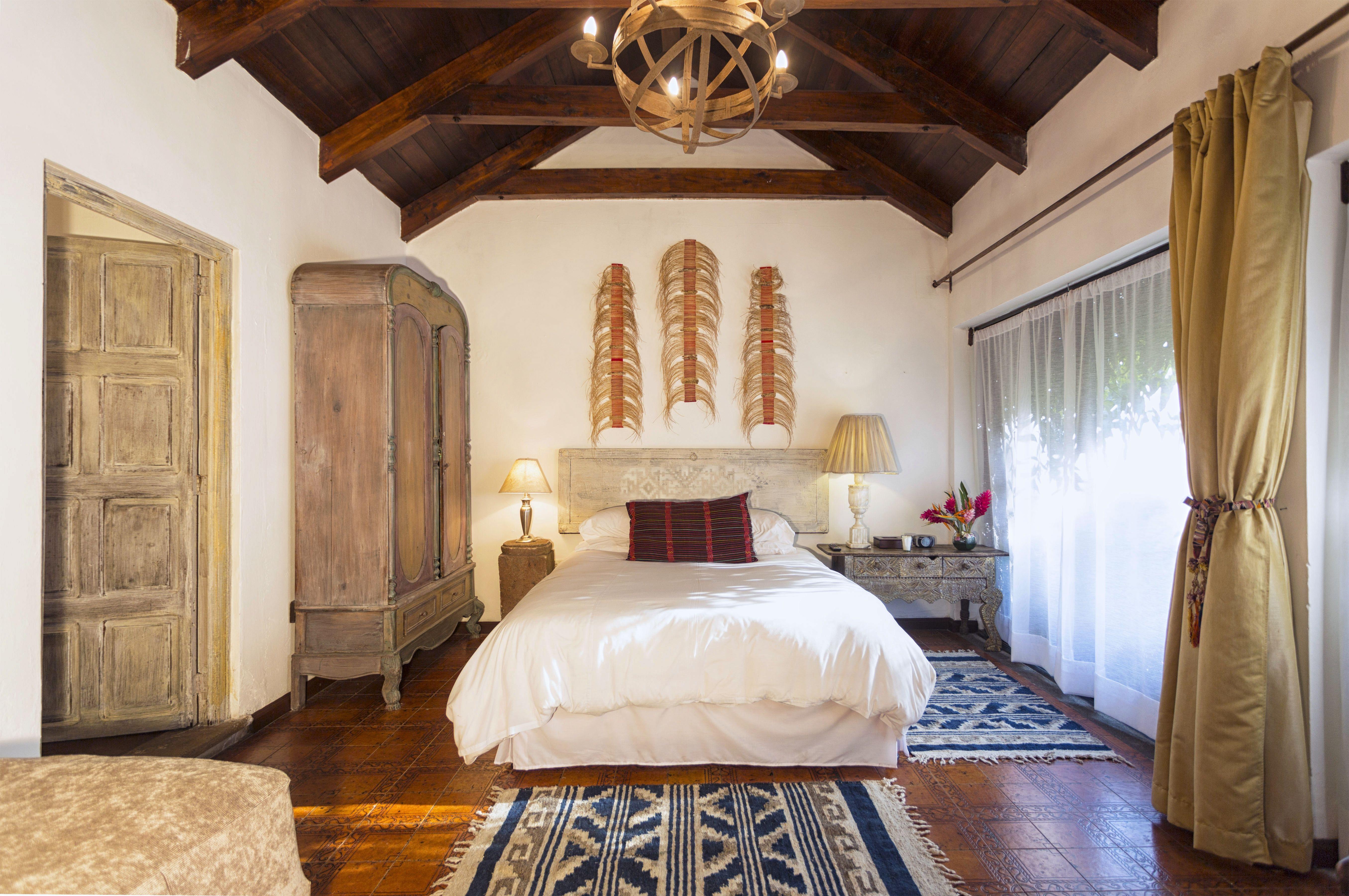 Room #5B Palo-Santo