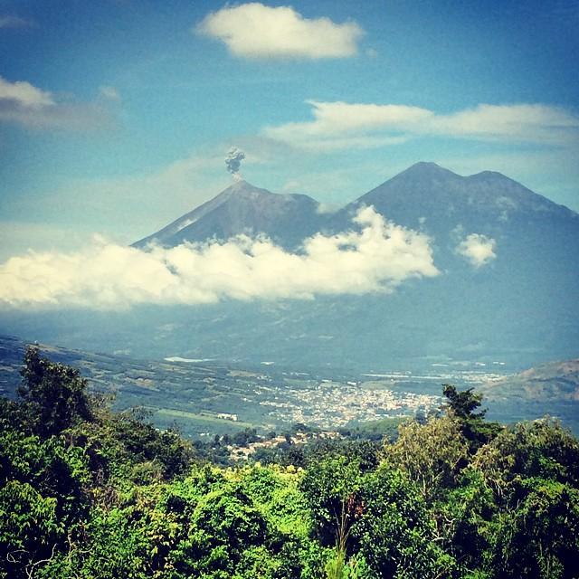 Volcano View Meson Panza Verde