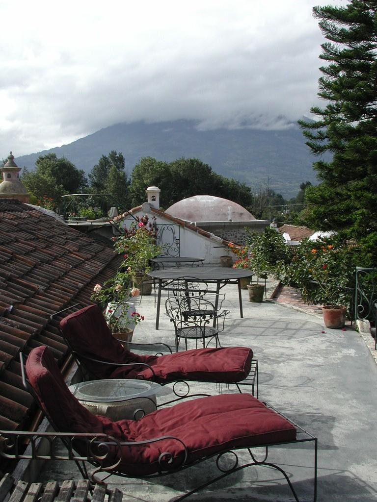 Meson Panza Verde Terrace lounge