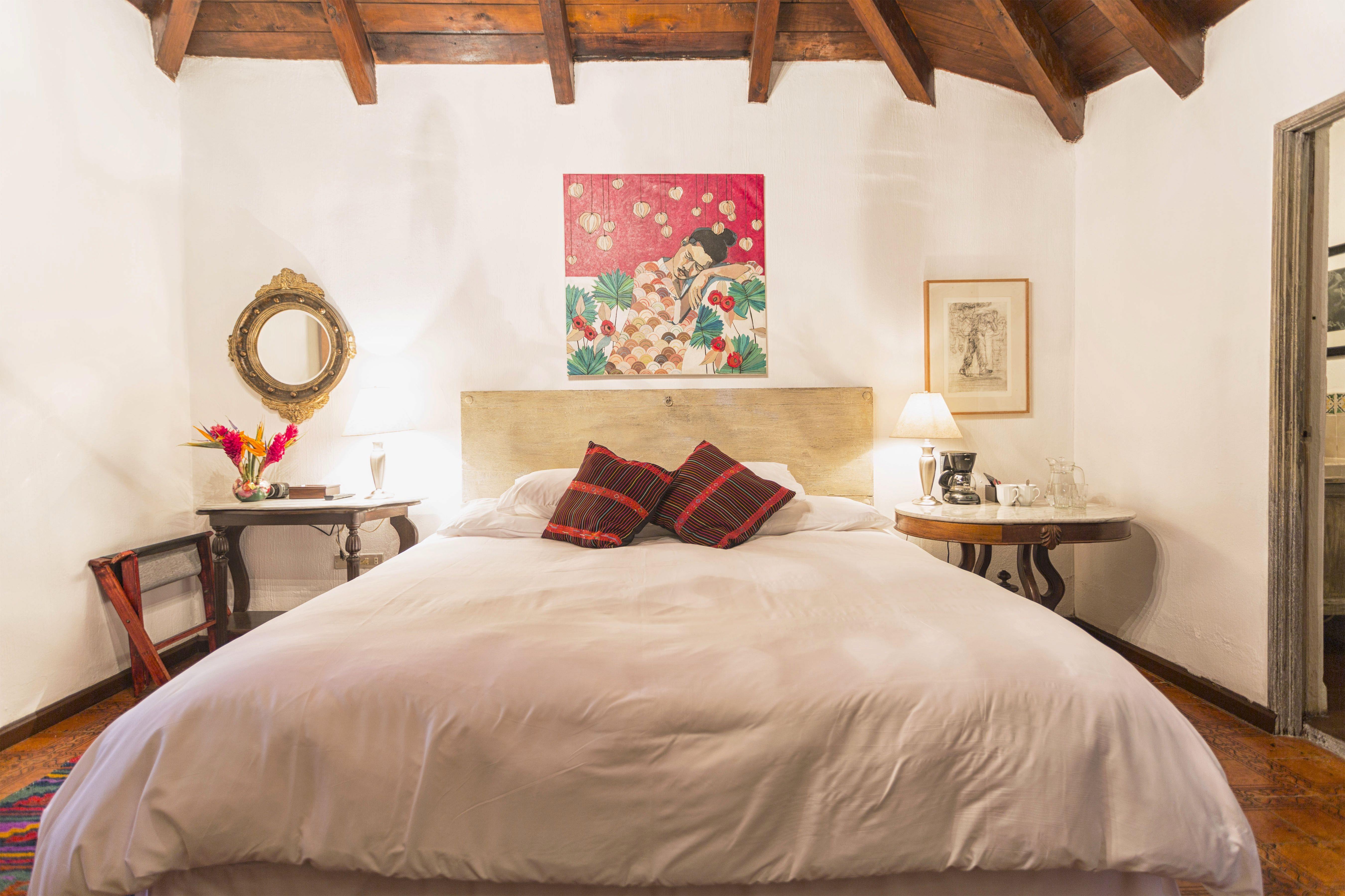 Room #2C Palo-Santo