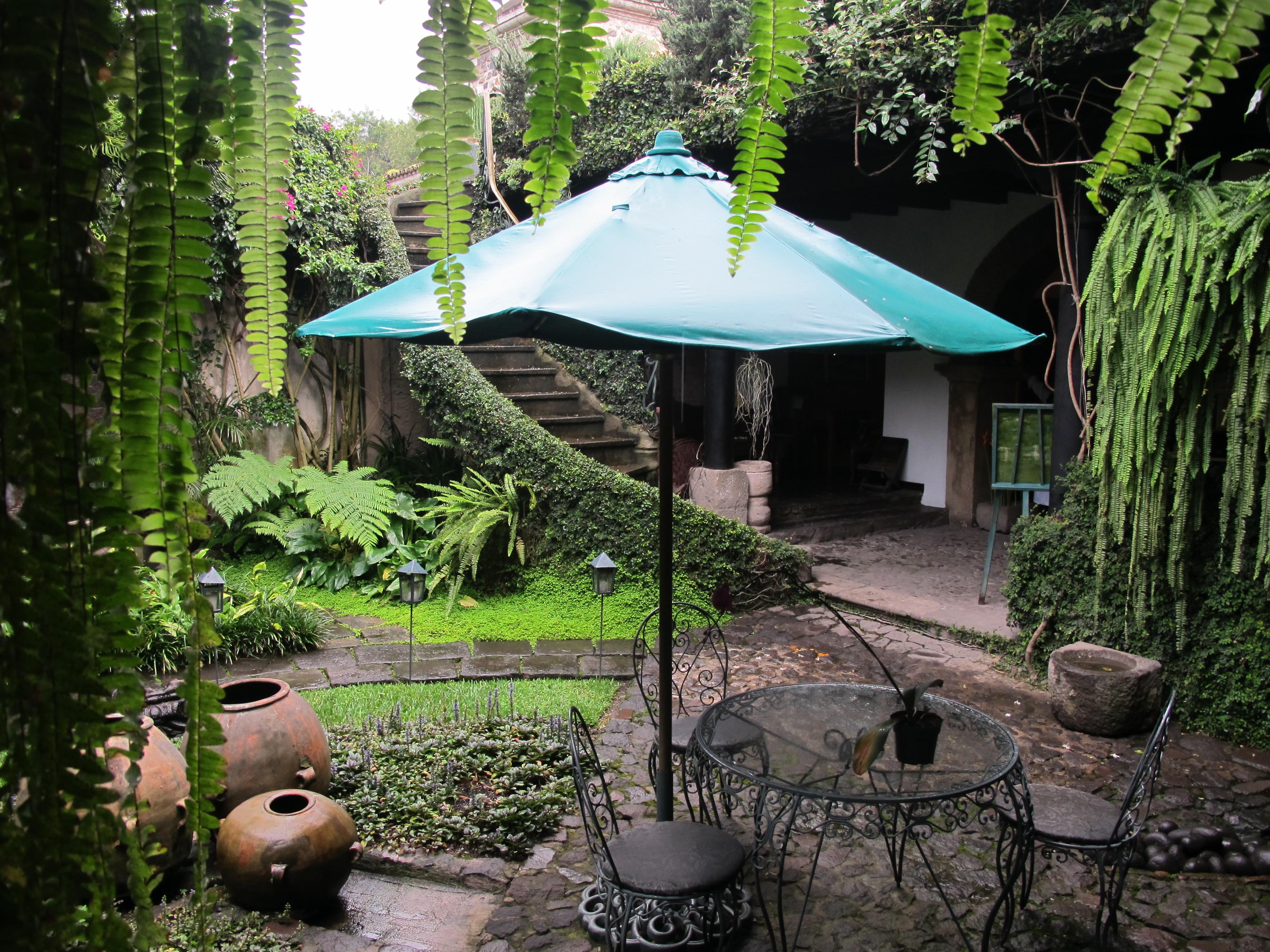 Meson Panza Verde Entrance Garden