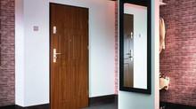 Когда нужно ставить входную дверь -Перед ремонтом квартиры или после ?