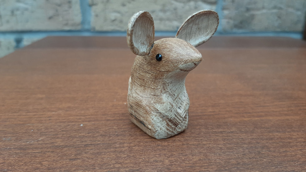 Oak Mouse with carved tail No2