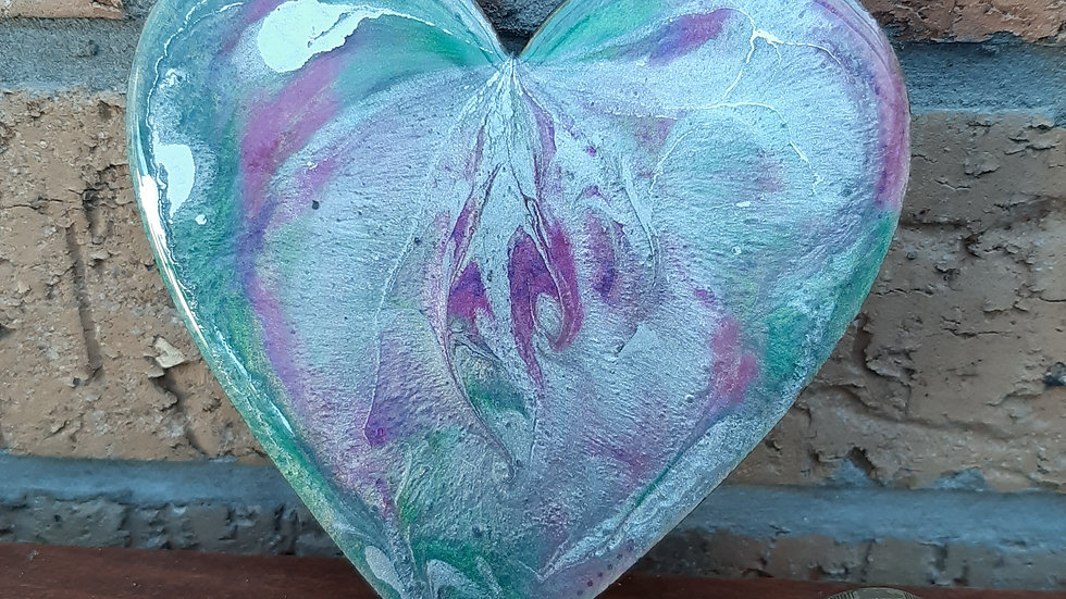 Resin heart fridge magnet