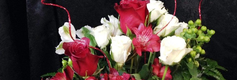 Santa's Sleigh of Roses