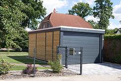 Holzgarage modern Garage mit Sektionaltor aus Holz Hamburg Kiel