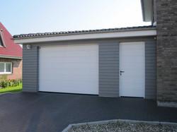 Garage grau, mit Deckelschalung grau