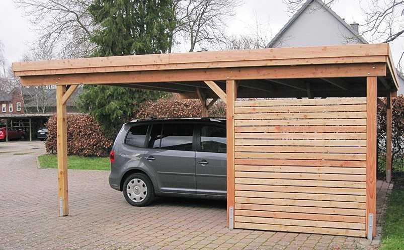 Einzel-Carport Lärche Rhombusleisten modern mit Holzblende