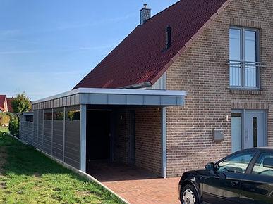 Carport modern mit Montage Alu Stehfalzblende
