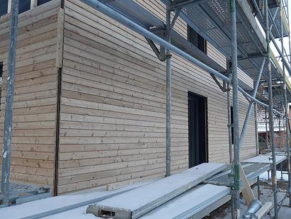 Montage Fassade Holzfassade modern natur