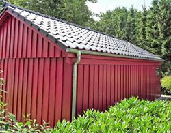 Fassade Schwedenschuppen rot