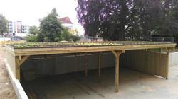 Reihenanlage Gründach Holzblende Holz na